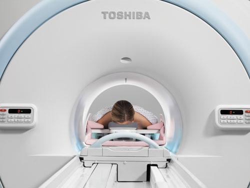 The Toshiba Titan 3T MRI system using a MRI breast coil.