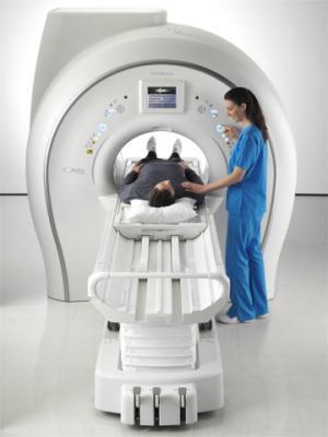 Hitachie Oval Proscan MR wide bore MRI system, 74 cm bore