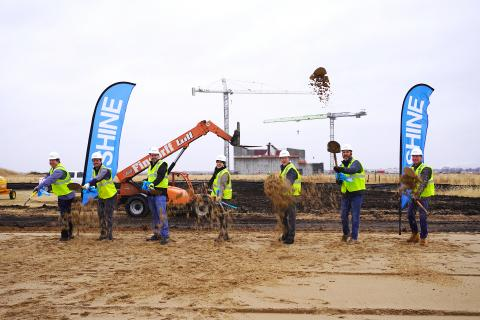 SHINE executives and project leaders were joined by a City of Janesville official for the groundbreaking ceremony for the new corporate headquarters and therapeutics production facility on the SHINE campus in Janesville, Wis. (Photo: Business Wire)